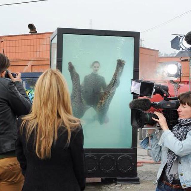 """Der Wurf ins """"kalte Wasser""""! Garnicht so einfach unter Wasser ein schones Foto zu machen! #GNTM"""