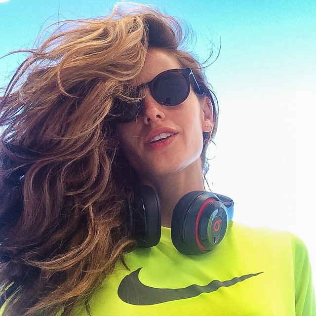 Today 7 am been kissed by the Wind at my morning run!! #BodyByIza 45 min morning run emoji️!! Beijada pelo vento hoje as 7 Am!! #BodyByIza 45min de corrida matinal emoji️!! #thebestfeeling #running #cardio #workout #justdoit #body #fit #healthy #lifestyle #motivation