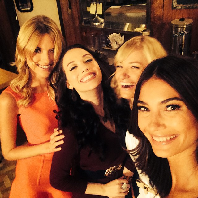 So much fun shooting #2BrokeGirls today with @marhunt @katdenningsss @bethbehrsreal #VsFashionShow #OnlyCBS emoji