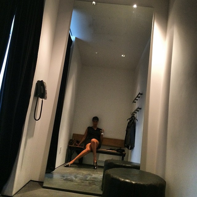 How I chill in dressing rooms. And you?