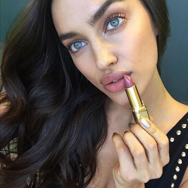 Regram @lorealparisofficial wearing my new lipstick obsession! Color Riche Beige 302.. #Lorealista #WorthIt #LorealParis sparkles @chapuyc @alikavoussi