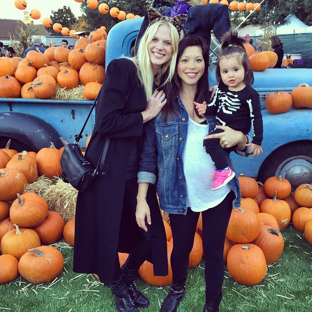 Pumpkin patch with the prettiest 2 girls in the world @bigvivien