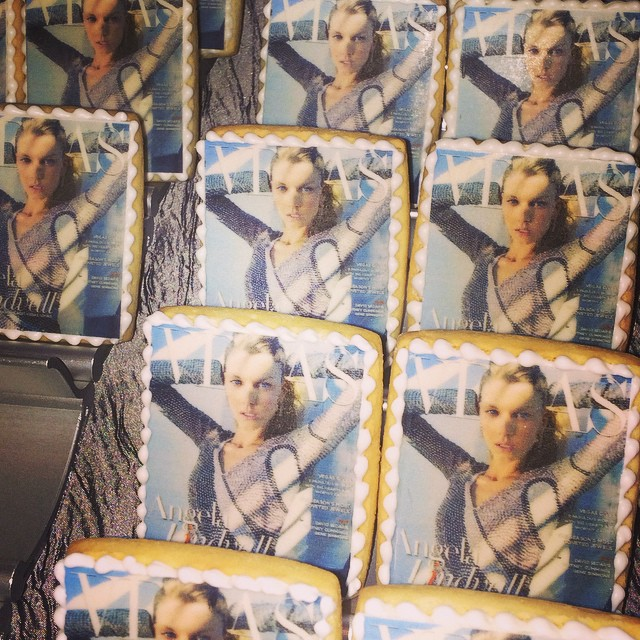 Cute @angelalindvall cookies @vegasmagazine 