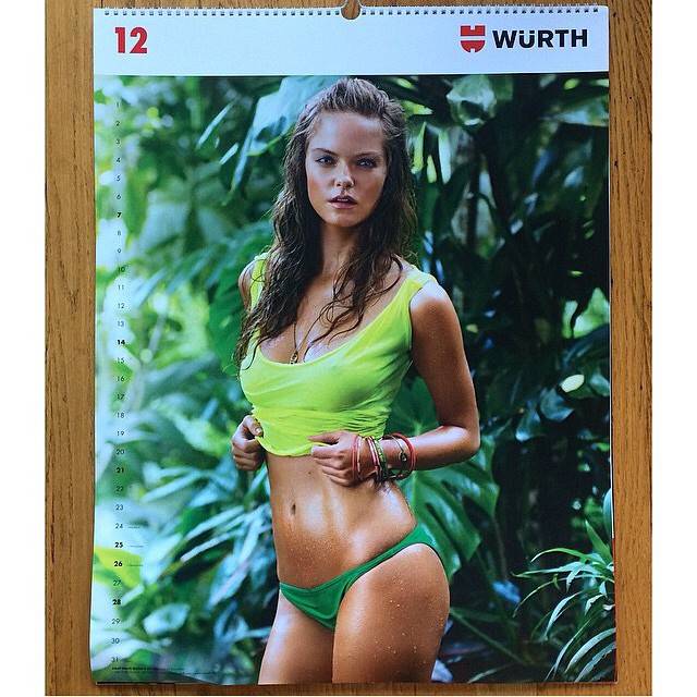 December is off to a good start! emoji @jesslperez emoji @stephanwurth #WurthCalendar #JessicaPerez #trumpmodels