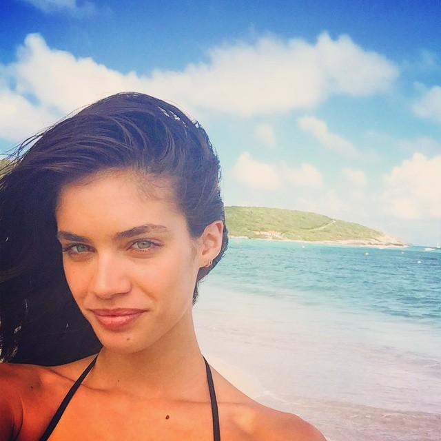 Shameless island selfie #stbarths @vspink