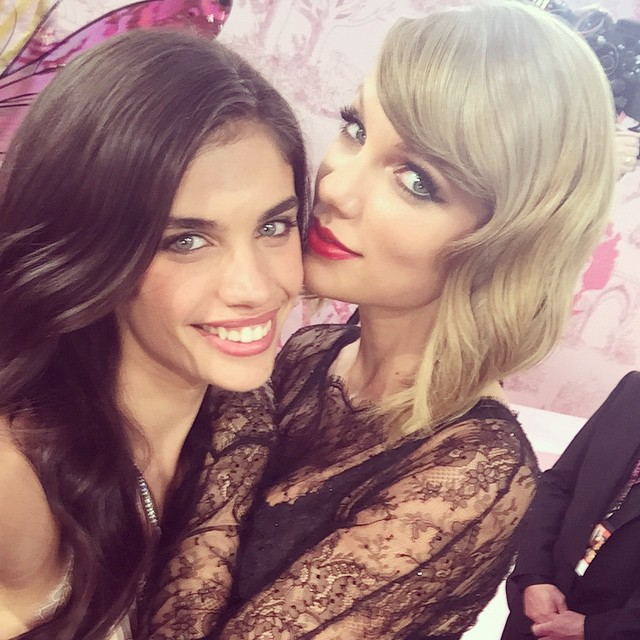 So happy that @taylorswift is back at he #vsfashionshow and that I got to walk with her @victoriassecret