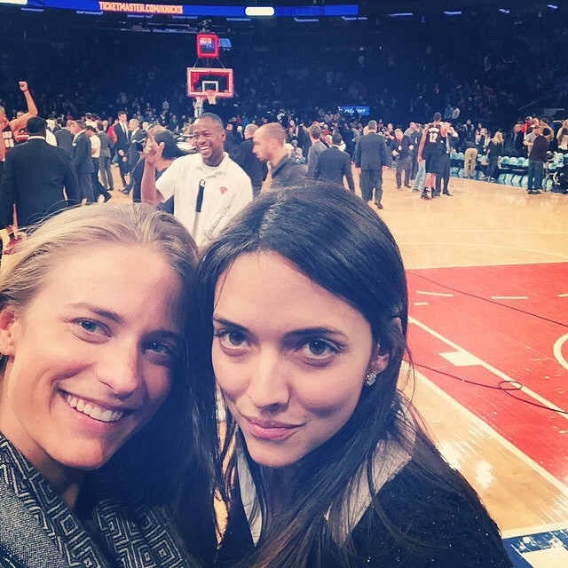 Sunday night #Knicks game! @marieunyc #NYC #basketball #courtside #msg #girlsnight #sports #madisonsquaregarden