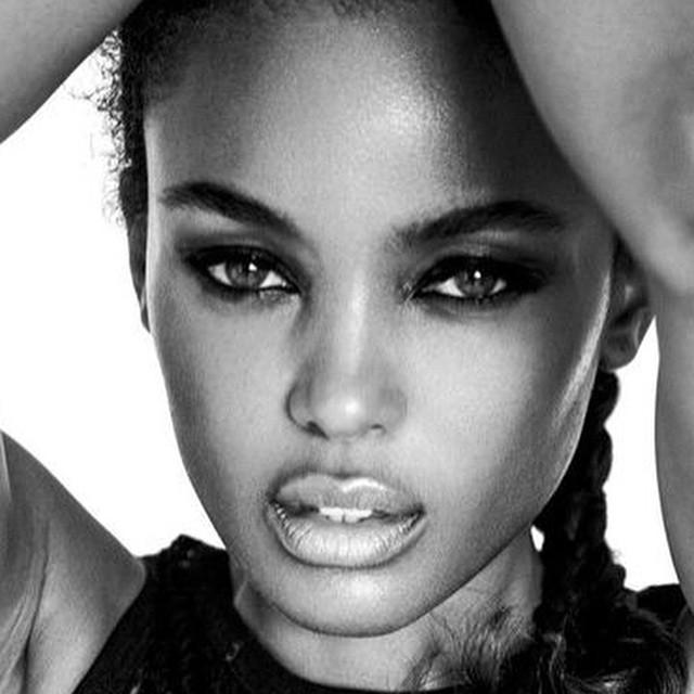 #toughgirl thursdays . . . On my #warrior ish ;) #portraits #blackandwhite #photographer @joshuamccaghren ~<3