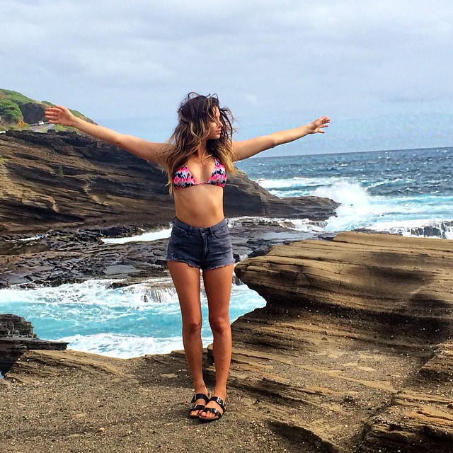Made it to the eastside of Oahu, love this spot! Doing a drive of the island today- @anastasiaashley #AnastasiaTakeover