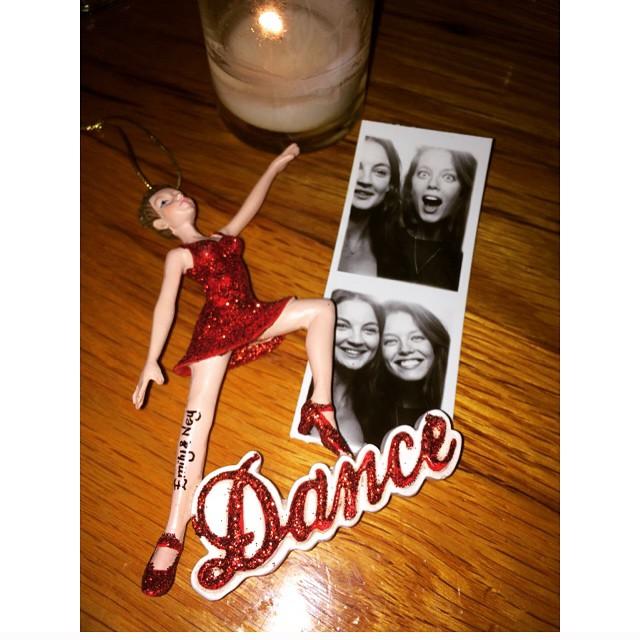 Dancing emoji ornament! Thank you @ja_neyney I love you. emoji️emojiemoji #merrychristmas #thesmith