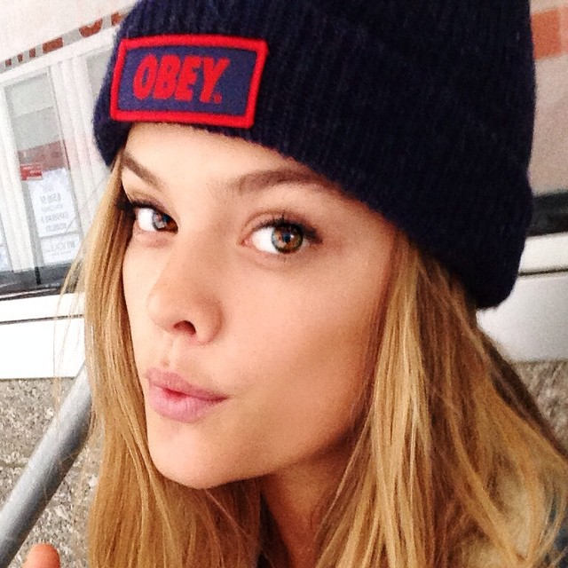 Miss my long lost beanie. @obeyclothing @obeywomens where can i buy a new one? My brain is cold.