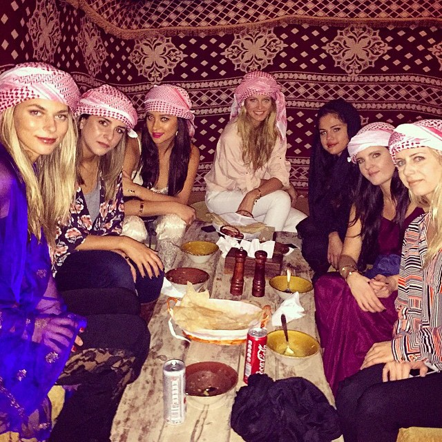 Bedouin dining with beauties emojiemojiemoji #PlatinumHeritage #DesertSafari