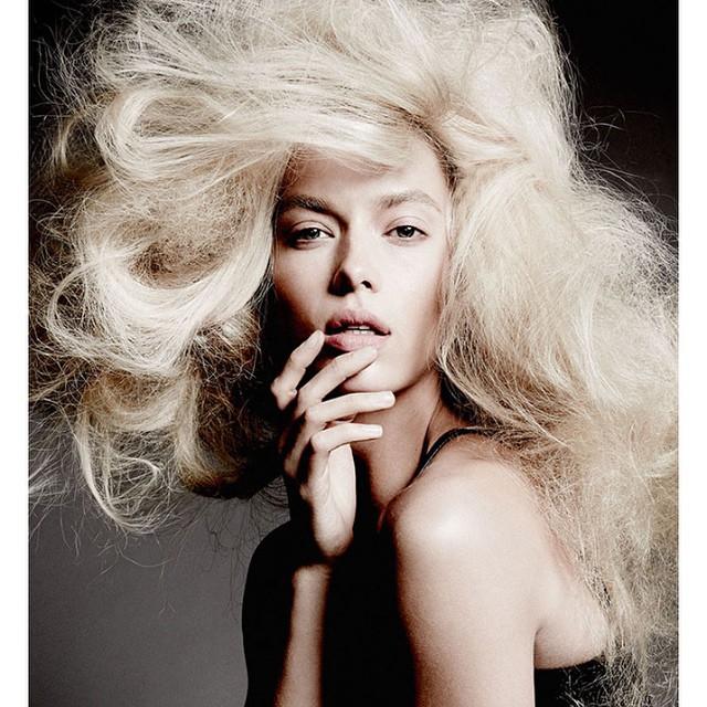 YU+ME series shot by photographer @yutsai88 xxx Hair- @jrugg8 MU- @allanface and styled by #MartinaNilsson Production- @88phases @trumpmodels #fashion #beauty #creativity #YuTsai