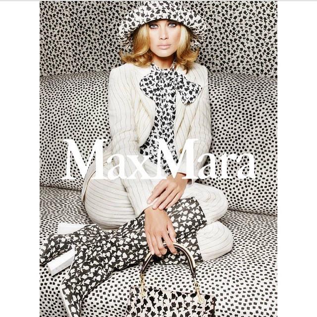 New campaign for @MaxMara by @mario_sorrenti_2 @carineroitfeld @giorgioguidotti15 #hats #boots #fashion