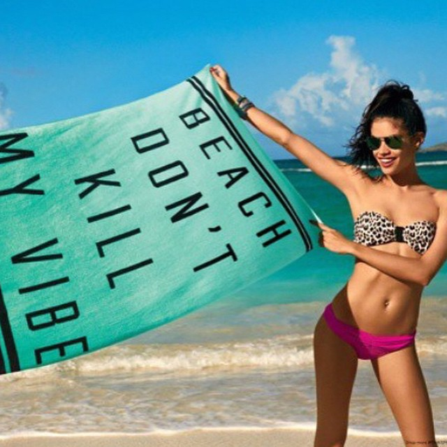 Beach don't kill my vibe emojiemoji @vspink @helena_besfamilny @ellistonlutz @sash19 @ho2go