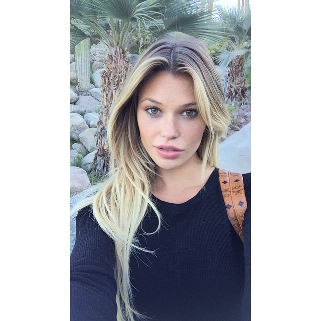 Selfies in the desert missing my @guess family