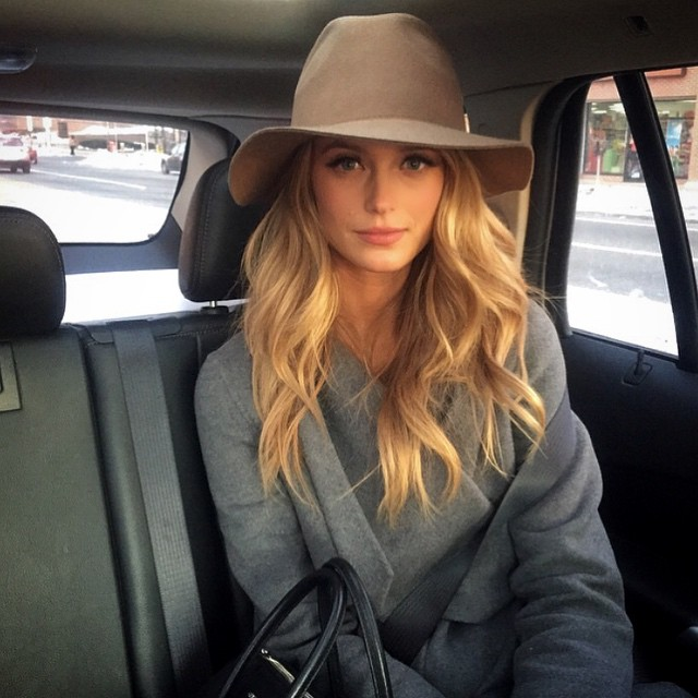 Heading home from work in Philly. Best team @mwalters12 thank you @cgonzalezbeauty makeup and @daniellepriano hair @elitenyc