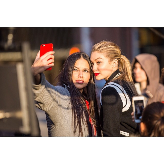 jk repost, I like this one better lil selfie action on set shooting @maybelline yesterday with @adrianalima #maybellinegirls x
