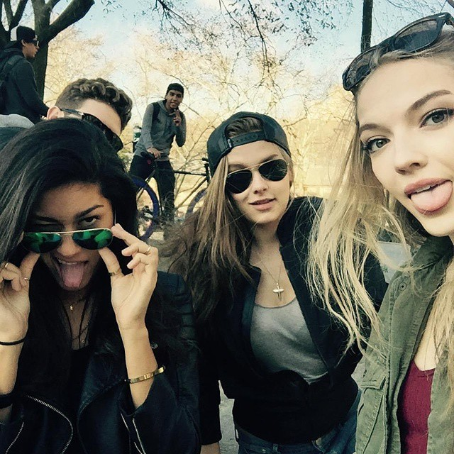 Central park fun with my ladies (and massey wherever he is) #roomies #spring #centralpark #newyork
