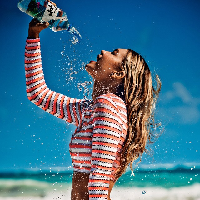 Headed to Miami with the @seafollyaustralia team Get to spend my birthday tomorrow with my toes in the sand! #Seafolly