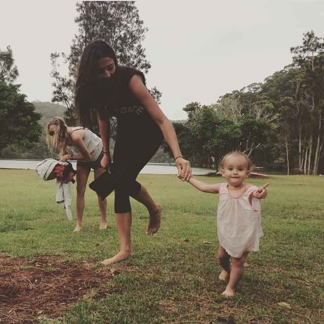 #flashback To when we were chasing Kangaroos! @gem.gems @letttsy Princess Naia! #love