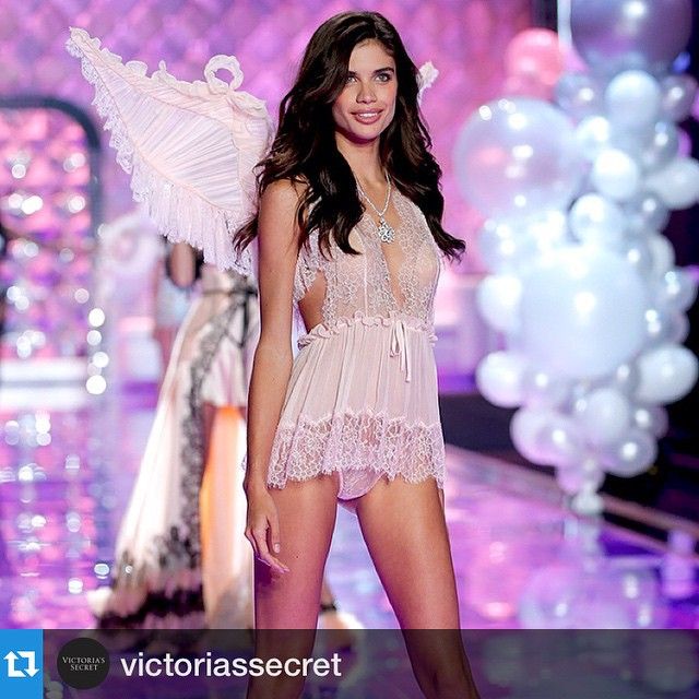"""#Repost @victoriassecret with @repostapp.・・・She's a brown belt in karate, plays the violin & loves to surf. And now she can add """"Angel"""" to the list! Welcome to the ranks, @sarasampaio! #TheNewestAngels"""