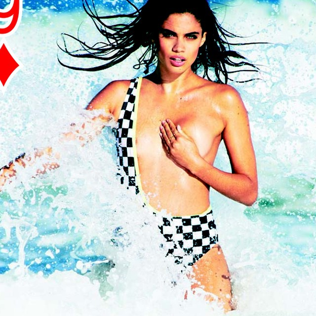 Breaking waves @sarasampaio crushing it right now @anthonycristianosalon @mj_day @christinecherbonnier #shhhhh