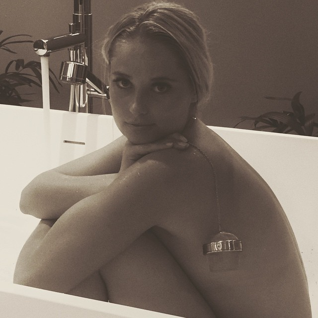 Post shoot bath time with @thebodyshopsouthafrica Fuji tea infuser @worldswimsuitsa
