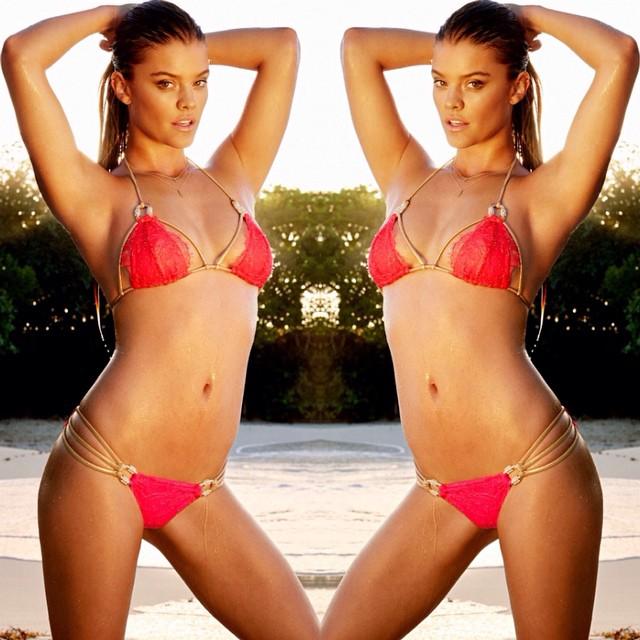 Sizzling up in our best seller 'Madagascar Glam' | Back in stock #beachbunnyswim #bikini