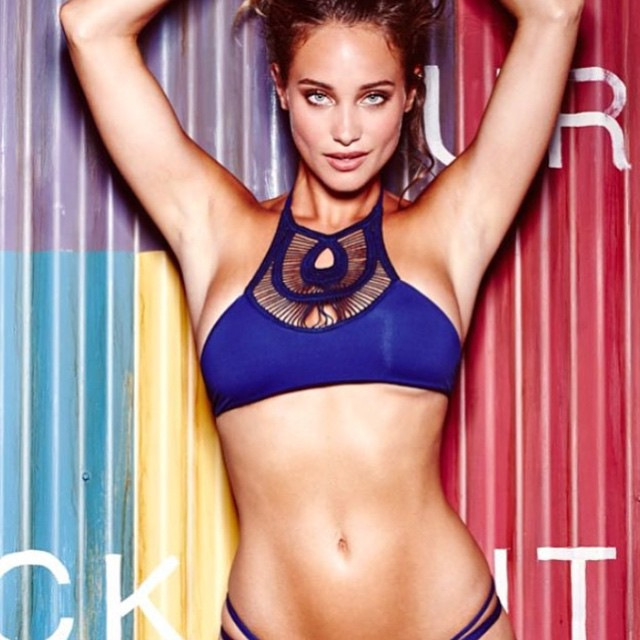 Love this #bettinis #crochet halter top available now #clicklinktoshop @si_swimsuit @hanni_davis