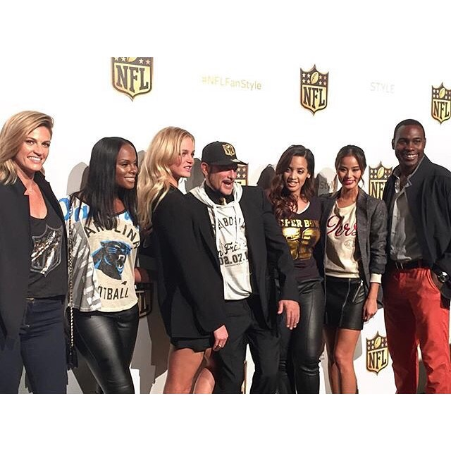 Can't wait to see all the new @NFL styles! Arriving at the #NFLWomensStyleShowdown with my fam @NorthwestLegit! #NFLFanStyle