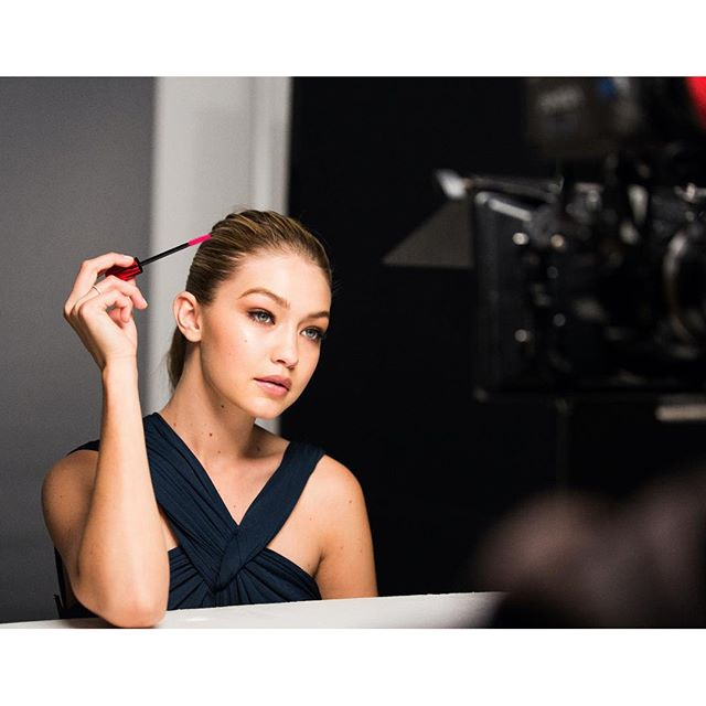 throwback, on set shooting the #PushUpMascara commercial my new fave xx #maybellinegirls