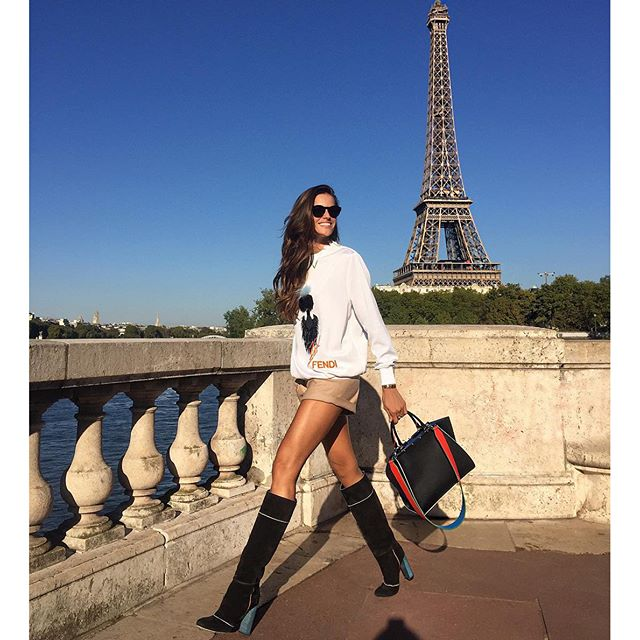 J'adore Paris!! #paris #pfw #fendilover #bag #Petite3Jours #new #amovablestrap #StrapYou #cool #fun #ootd by @fendi