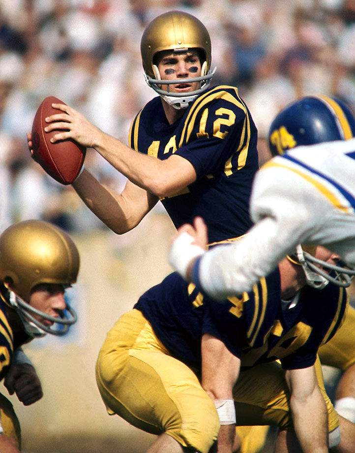 Staubach led Navy to a 9-1-0 record in 1963 before losing to Texas in the Cotton Bowl. He won the Heisman and Maxwell Trophy that season and later starred for the Cowboys in the NFL. — Runner-up: Joe Namath, QB, Alabama (1962-64)