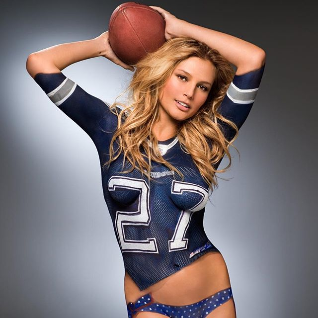 #fbf Bodypainting on the always lovely @1bridgethall in a painted @dallascowboys #jersey & #swimsuit for @si_swimsuit #bodypaint #makeup #mua #makeupbyme #JoanneGair #myteam for this #shoot @reynapecot @pradoisaac #ReelCreations #TrendyTribals #sportsillustrated #siswim #sinow #BridgetHall #DallasCowboys #Texas @nfl #nfl @industriasuperstudio #NYC