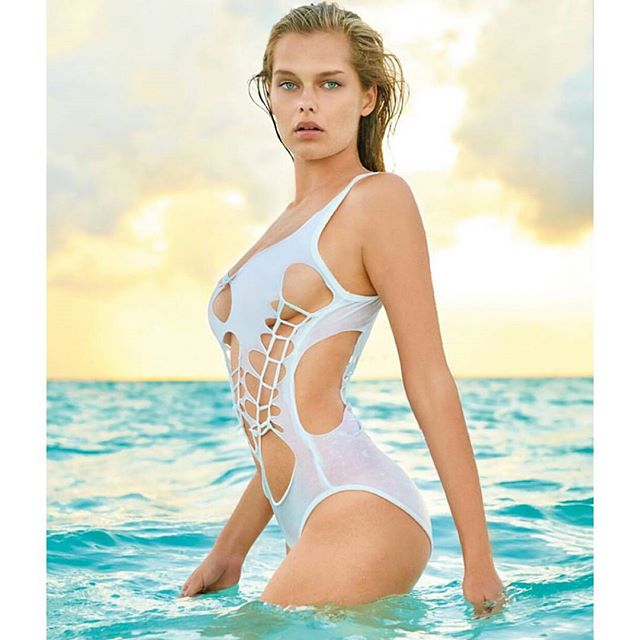 It's finally here ! My shoot for @worldswimsuit shot by the amazing @thegbe in the Maldives. Most amazing sunset ever. Makeup and hair by the fabulous @merletitus and @tash_pops #paradiseislandmaldives #worldswimsuit2015 #thegavinbondexperience