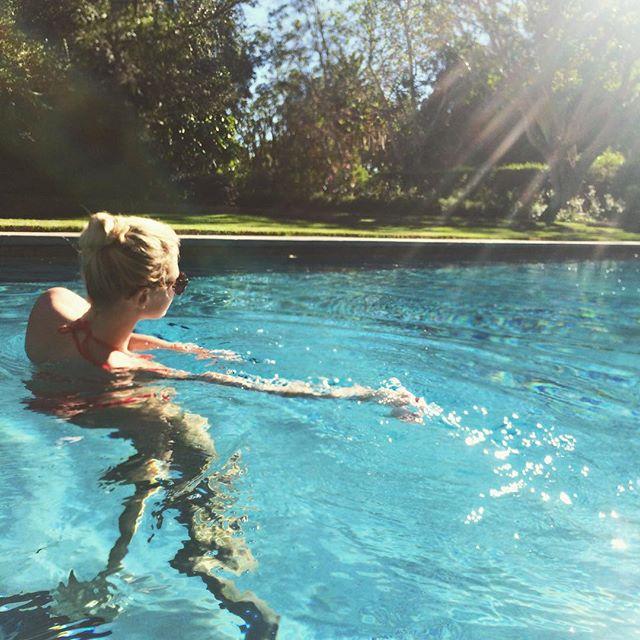 pool dancing