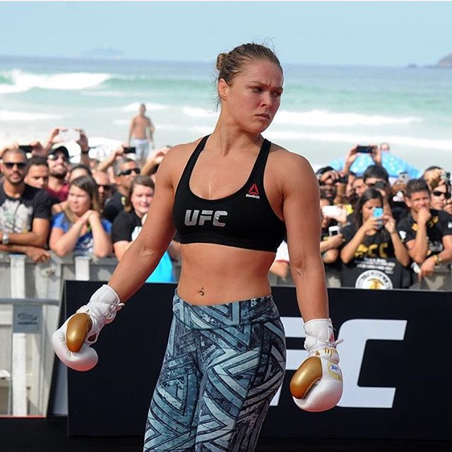#fbf #UFC190 open workout - hope we can have the #UFC193 one on the beach again!