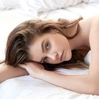 Early 2 Bed / Early 2 Rise. #BarbaraPalvin (@realbarbarapalvin) stars in the latest @elle_russia. # @theonlymattjones # #IMGstars