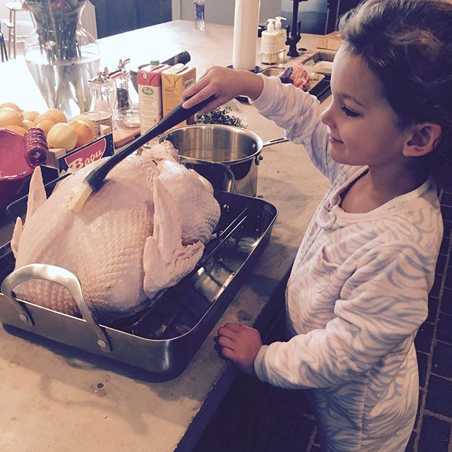 Mommy's Little Helper Wishing everybody a Blessed & Happy Thanksgiving