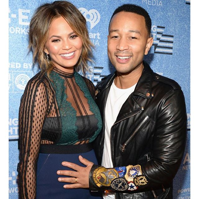 Chrissy Teigen & John Legend are having a baby GIRL! Click the link in our bio to find out how they revealed the big news