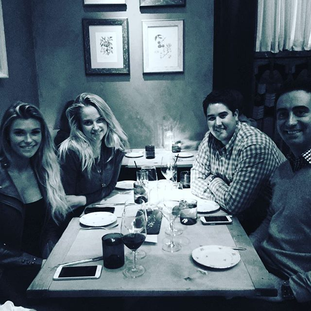 Out for dinner in #philly with the @jmaestas @samanthahoopes_ @davidgigs