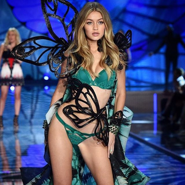 The @victoriassecret Fashion Show is here!!!!! This is the day we've been waiting for! Tune in to the sexiest show on earth tonight at 8pm only on @cbstv! #vsfashionshow