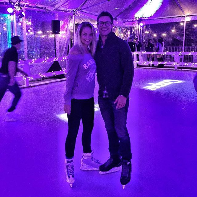 Can't believe @nclusive had a skating rink at their Christmas party! So fun - and I didn't even fall! #9021snow
