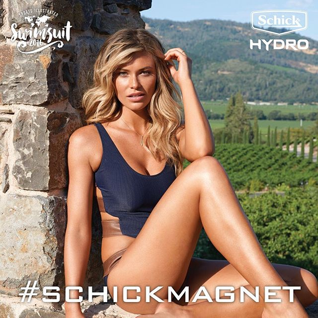 Want to meet @samanthahoopes_ in NYC? Share a clean-shaved selfie, tag your best buddy + @SchickHydro #SchickMagnet #contest for a chance to win!