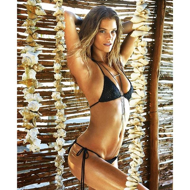 Afternoon wood @ruvenafanador @si_swimsuit @mj_day