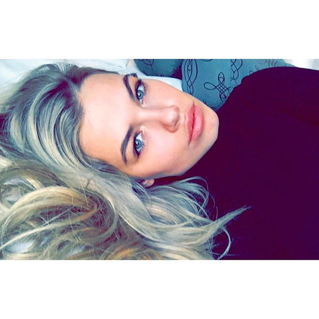 Follow me on snapchat! @ haileyclauson