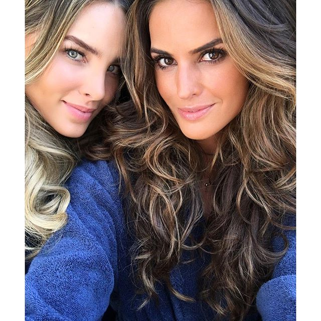 Work in progress with the lovely @belindapop !! It's gonna be a fun day ahead !! Trabalhando com a querida @belindapop !! Vai ser um dia divertido!! #georgia #savannah #behindthescenes #girls #goodtimes #fun #exciting #project
