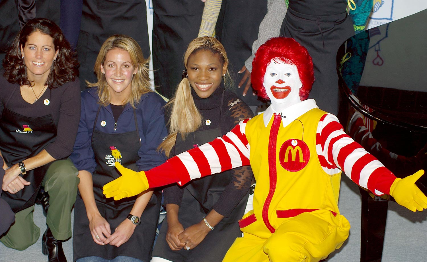 Julie Foudy, Summer Sanders and Serena appeared with Ronald McDonald at the World Children's Day Event in New York City in November 2002.