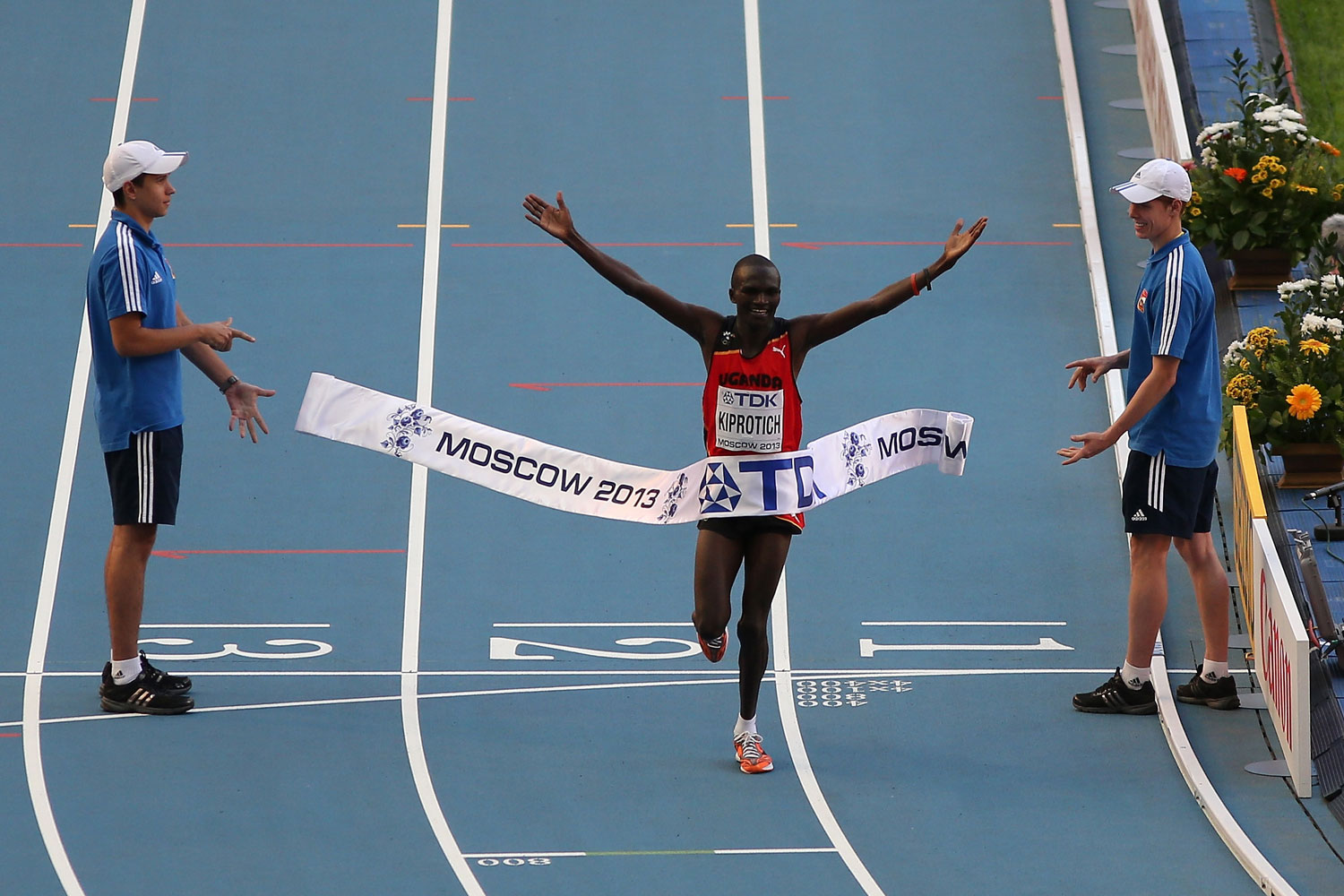 Stephen Kiprotich crosses the finish line to win gold in the 14th IAAF World Athletics Championships Moscow.